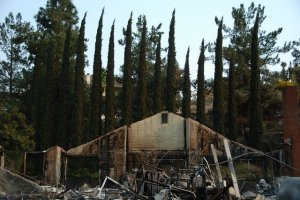 wildfires-San Diego Cal_5-16-2014 house burned